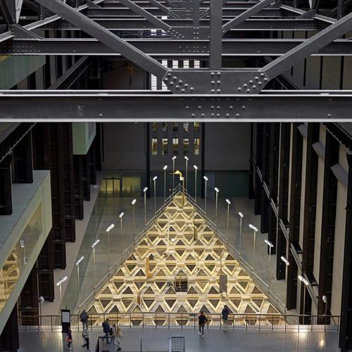 Tate Gallery of Modern Art.