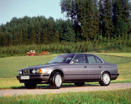 BMW 525iX.