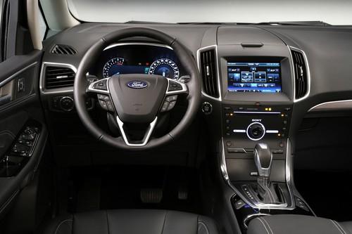 Ford Galaxy.
