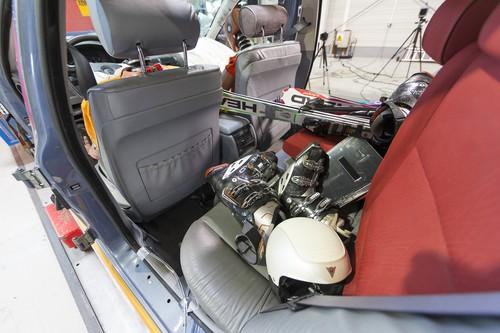 Koffer als Ladung im Auto.
