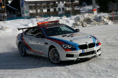 Martin Tomczyk fährt das BMW M6-Safety Car.