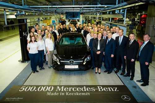 500 000ster mercedes benz aus kecskem t auto for Garage mercedes loison sous lens