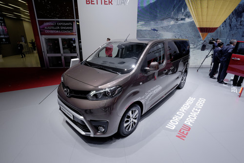 Toyota Proace Verso.