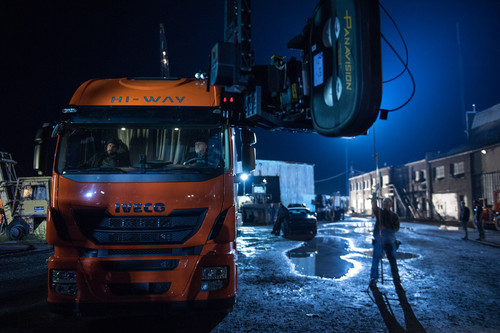 "Iveco Stralis Hi-Way bei den Dreharbeiten zu ""Batman v Superman: Dawn of Justice""."
