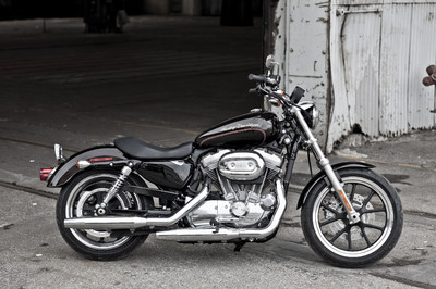 Harley-Davidson XL 883 L Super Low.