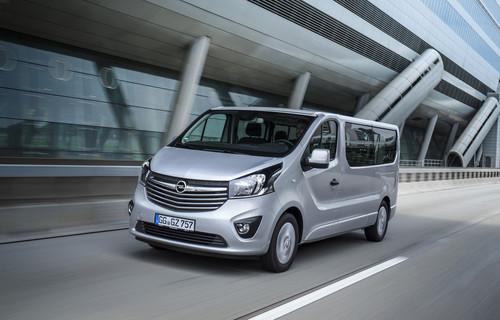 Opel Vivaro Combi.