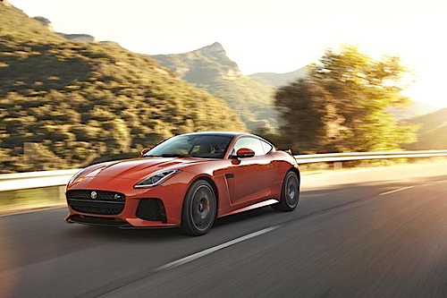 Jaguar F-Type SVR.