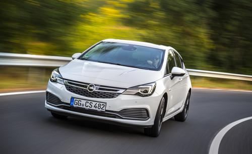 Opel Astra mit OPC-Line-Sport-Paket.