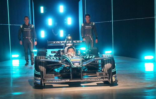Panasonic Jaguar Racing: Adam Carroll, Ho-Pin Tung, Mitch Evans (von links).