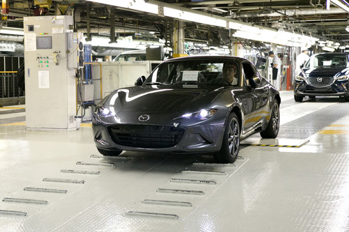 Produktion des MX-5 RF.