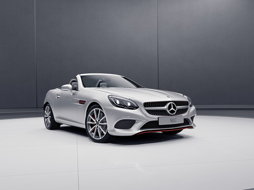 Mercedes-Benz SLC Red Art Edition.