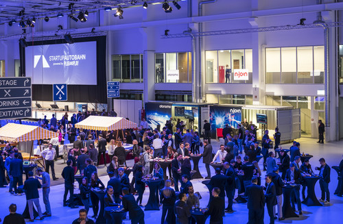 "Expo Day der Innovations- und Kooperationsplattform ""Startup Autobahn"" in Stuttgart."