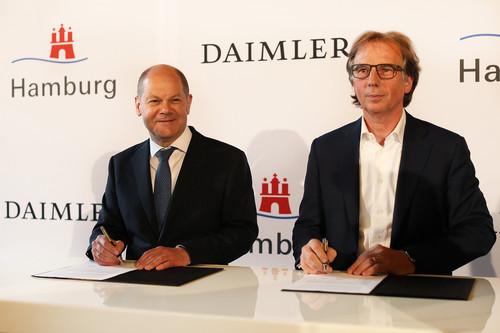 Hamburg und Daimler schließen Partnerschaft für Elektromobilität