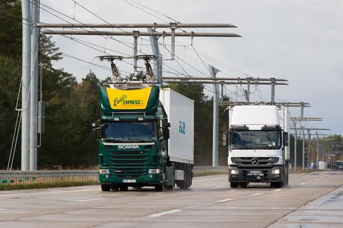 Zum Artikel Siemens baut Oberleitung für Hybrid-Lkw