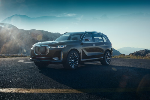 BMW Concept X7 iPerformance.