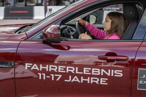 Jaguar Fahrtraining Erstmals Auch Fur Kinder Auto Medienportal Net