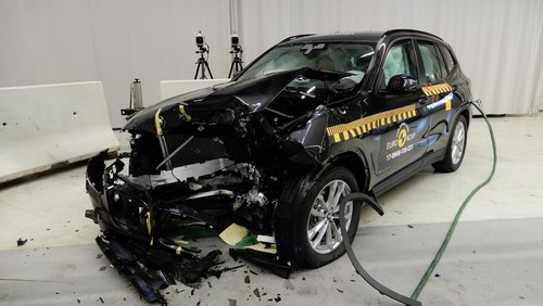 BMW X3 im Euro-NCAP-Crashtest.