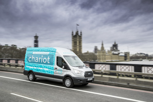 Ford-Shuttleservice Chariot in London.