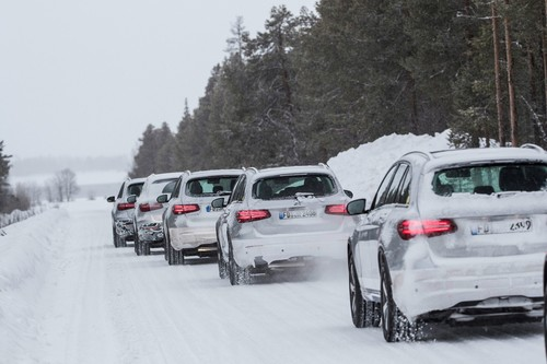 Mercedes-Benz GLC F-Cell bei der Wintererprobung.