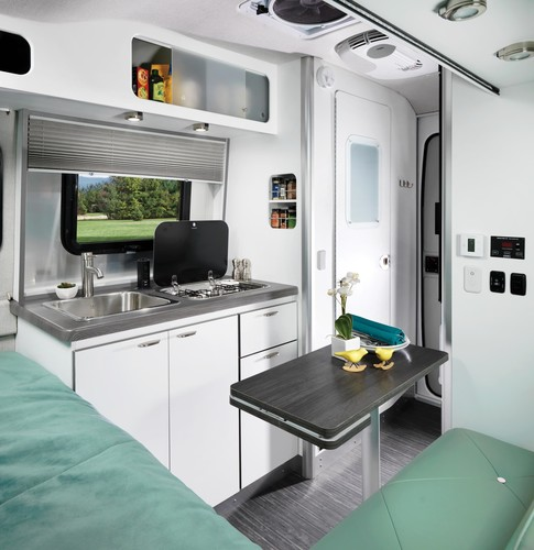 Airstream Nest 16 FB.