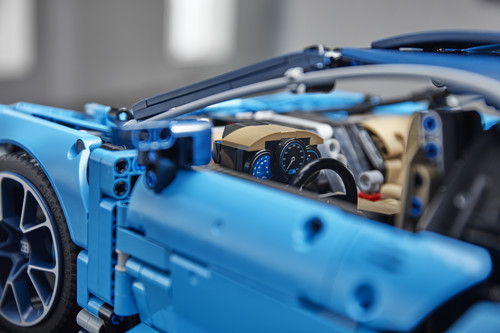 Bugatti Chiron von Lego Technic im Maßstab 1:8