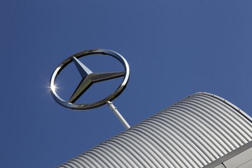 Daimler legt Grundstein für erstes Mercedes-Werk in Russland