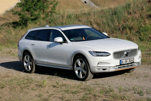 Volvo V90 Cross Country T5 AWD.