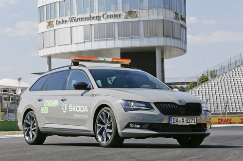 Skoda Superb Combi Sportline als National Medical Car beim Grand Prix-Wochenende am Hockenheimring.