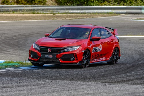 Honda Civic Type R auf Rekordfahrt in Estoril.