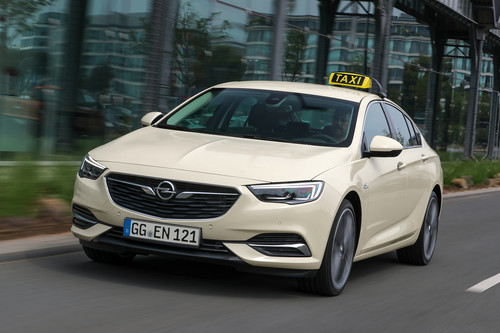 Opel Insignia Sports Tourer Taxi.