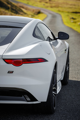 Jaguar F-Type Chequered Flag.