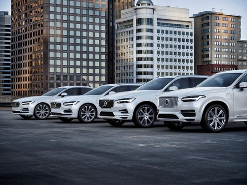 Volvo S90, V90, XC60 und XC90 T8 Twin Engine AWD Inscription.