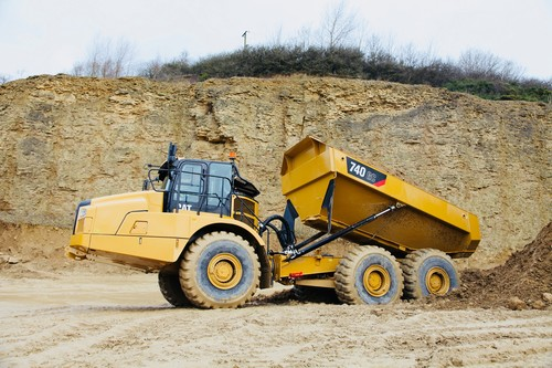 Cat Dumper 740 GC.