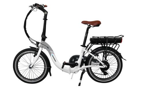 CMT 2019  Blaupunkt faltet E-Bikes und spiegelt Smartphones - Auto ... 4892443e95cd4