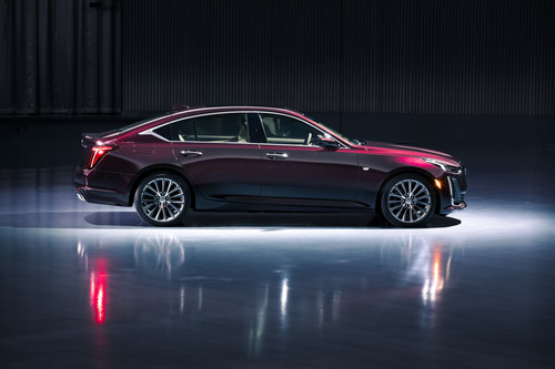 Cadillac CT5 Premium Luxury.