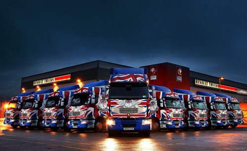 Renault-Truck in Union Jack-Design.
