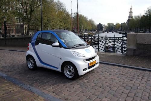 Elektrisierender Start: Car2go macht Amsterdam mobil.
