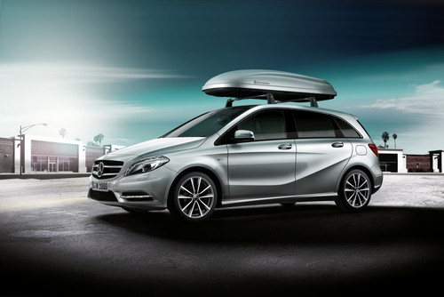 Mercedes-Benz B-Klasse mit Dachbox.