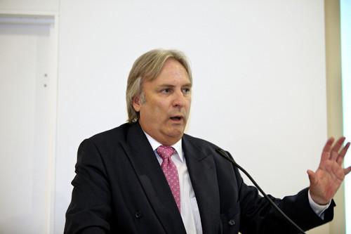 Prof. Peter Gutzmer.