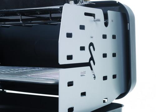 dometic bietet koffergrill mit heizstrahlerfunktion auto. Black Bedroom Furniture Sets. Home Design Ideas