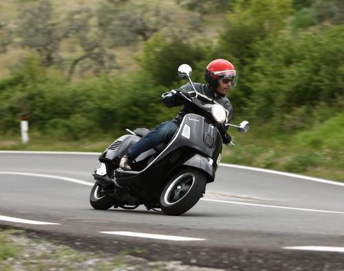 Vespa GTS 300.