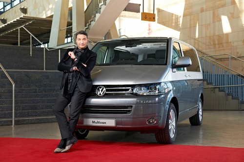 Mousse T. und der Volkswagen Multivan Business.