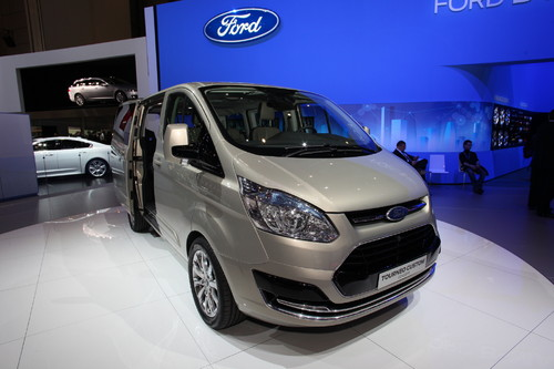 Ford Transit Tourneo Custom Concept.