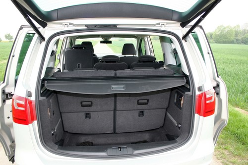 fahrbericht seat alhambra 2 0 tdi ecomotive style dsg wer braucht mehr auto medienportal net. Black Bedroom Furniture Sets. Home Design Ideas