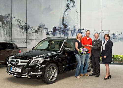 Mercedes Bremen Kundencenter erster mercedes glk der neuen generation verlässt
