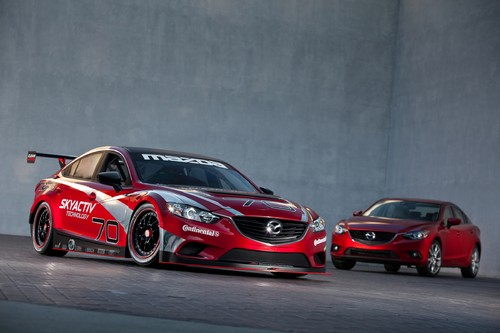 Mazda6 Skyactiv-D Grand-Am (links) und Mazda6.