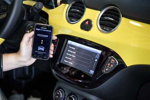 Intelli-Link-Infotainment-System im Opel Adam.