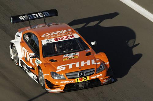 """DTM Mercedes AMG C-Coupé """"Stihl"""" von Robert Wickens."""