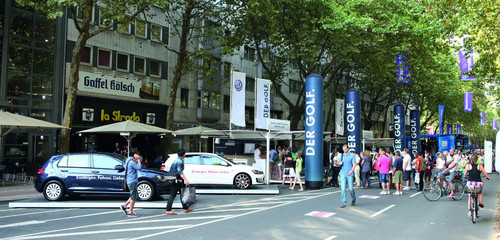 Volkswagen-Golf-Roadshow.