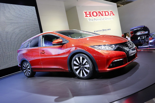 Honda Civic Tourer.